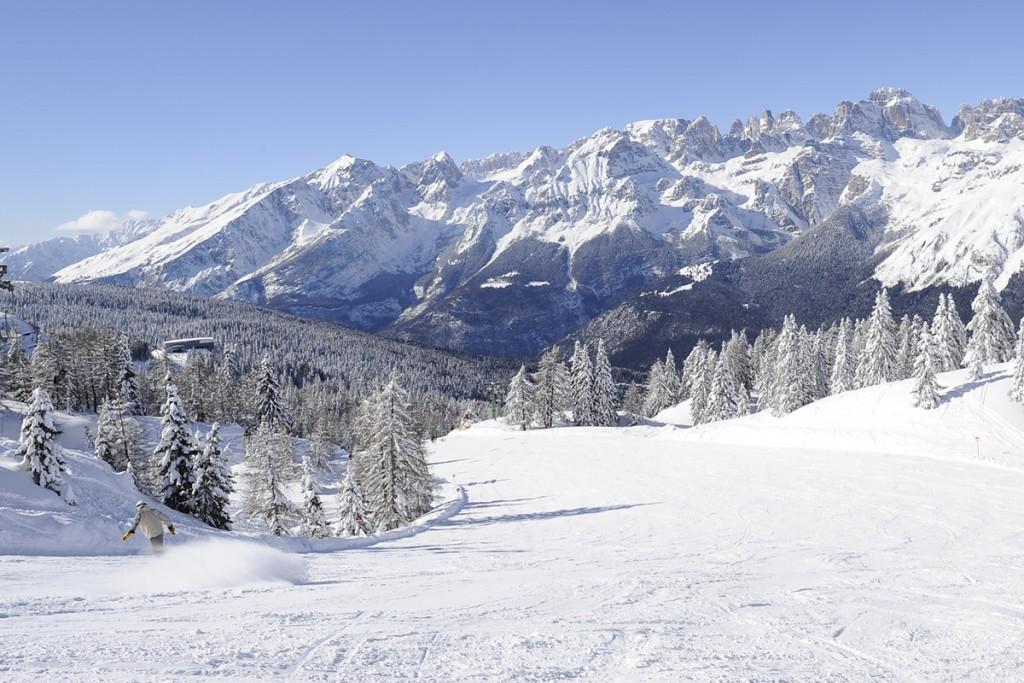 hotel-abete-bianco-andalo-inverno-sciare